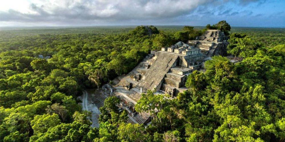 Découverte d'une cité maya de plus de 2000 km² au Guatemala